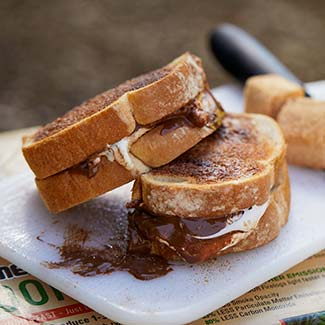 Toasted Cinnamon S'moreswich